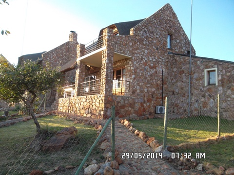 Butterfly cottage at Sky Lodge, Hartbeespoort self catering