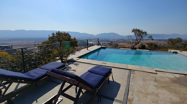 Blue Sky Lodge private pool overlooking the Hartbeespoort valley