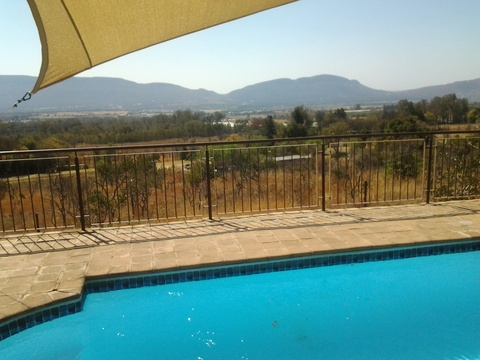 Sky Lodge, Hartbeespoort - Pool for the smaller cottages and Stone Suites