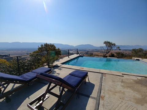 Sky Lodge, Hartbeespoort - Blue Sky Lodge private pool deck with the fantastic views!