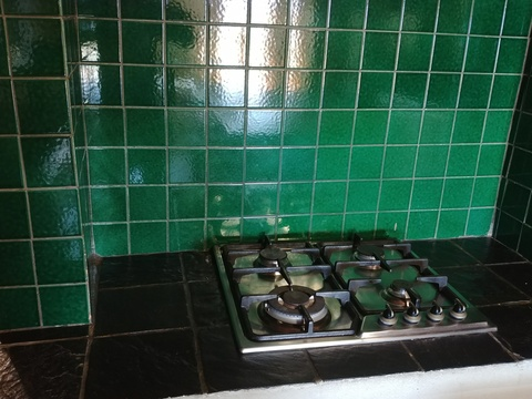 Stone Lodge gas hob - self catering kitchen