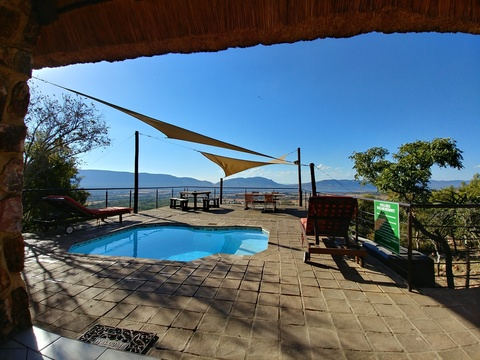 Red Sky Lodge, Sky Lodge, private pool deck overlooking the Hartbeespoort valley